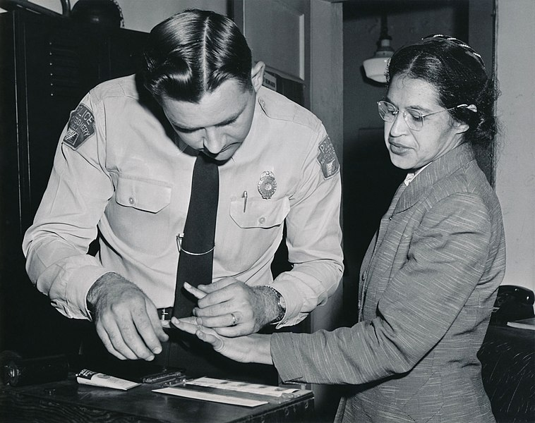758px-Rosa_Parks_being_fingerprinted_by_Deputy_Sheriff_D.H._Lackey_after_being_arrested_on_February_22,_1956,_during_the_Montgomery_bus_boycott